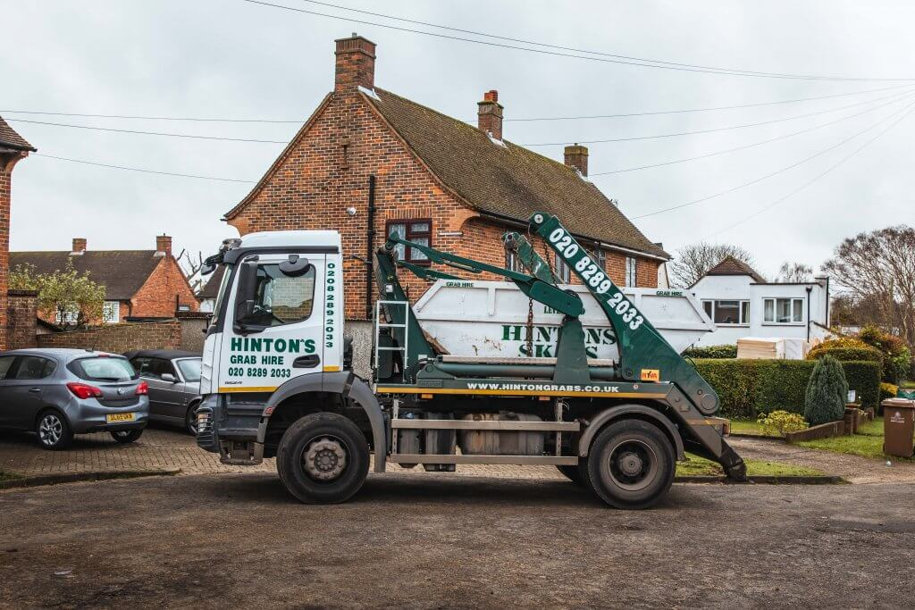 Hinton's Waste skip delivery in Purley